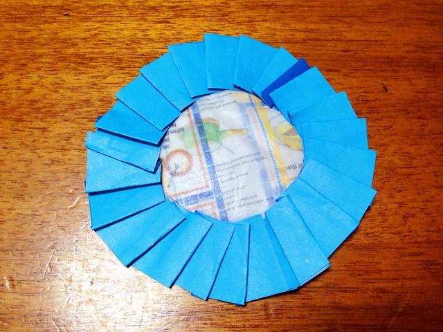 すべての折り紙 折り紙メダルの作り方 : 】ロゼットの作り方。折り紙 ...