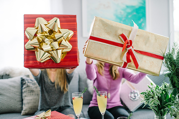 eatsleepwear, ecco-domani, prosecco, gift-wrap, holiday, 11
