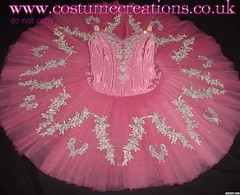 ANTIQUE ROSE TUTU