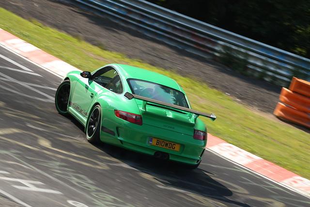 Porsche 997 GT3 RS Mk1 de canto 2