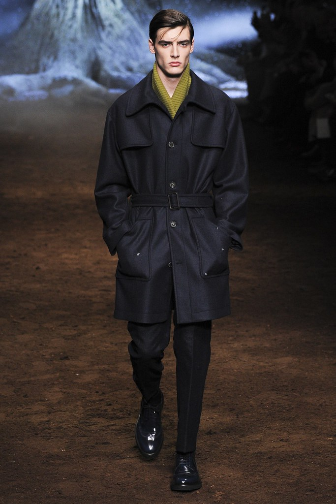 FW15 Milan Corneliani001_Connor Paterson(VOGUE)