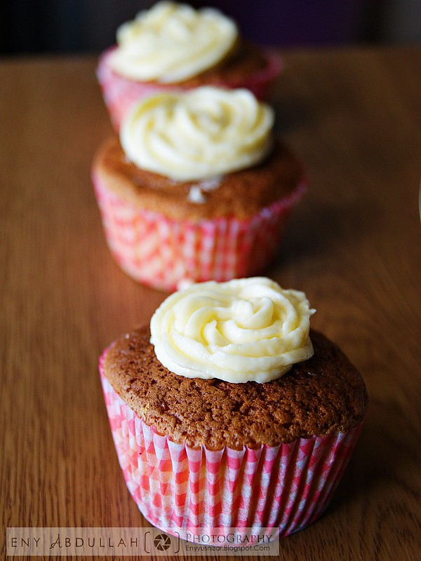 Lemon Cup Cake 2