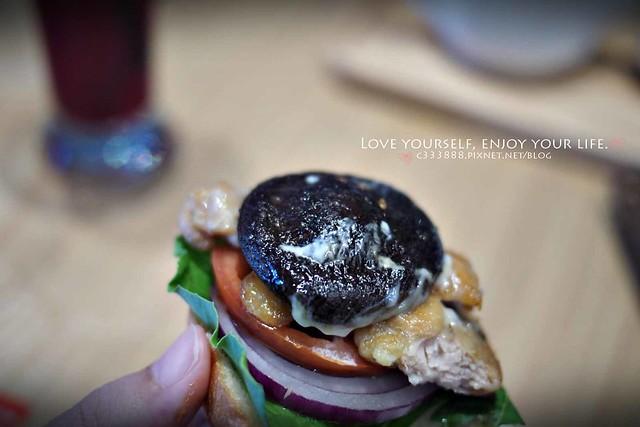 辣椒雞肉漢堡(微辣)-6