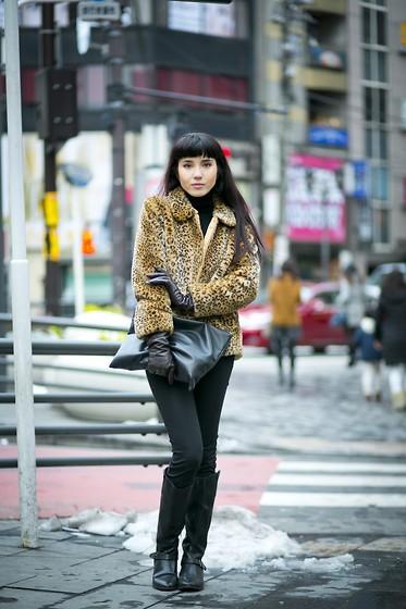 Samantha Mariko 8