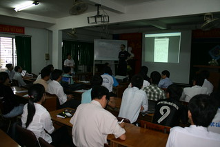 FOSSASIA Can Tho University Meetup, Mekong Delta Vietnam, with Debian, Jonas Smedegaard and Dave Crossland, organized by Hong Phuc Dang