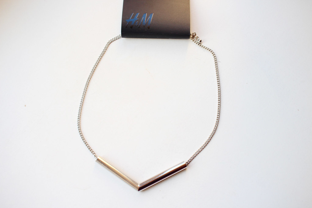 fine-delicate-silver-necklace-G&M