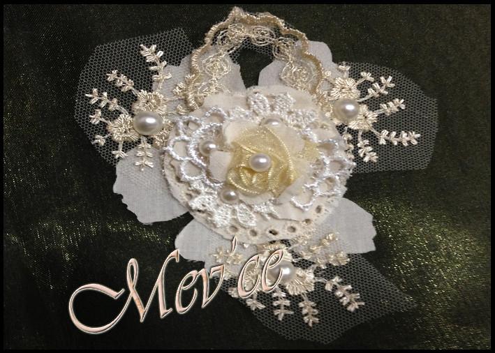 Cream Flowers 04