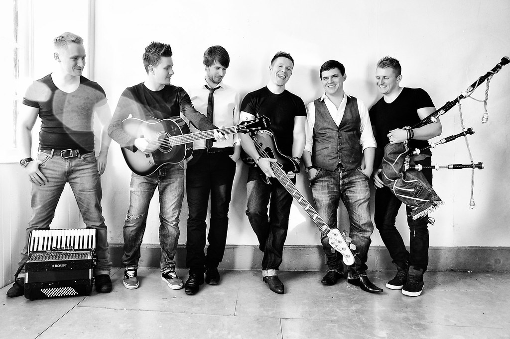 Skerryvore and DàimhMor - The Big Band