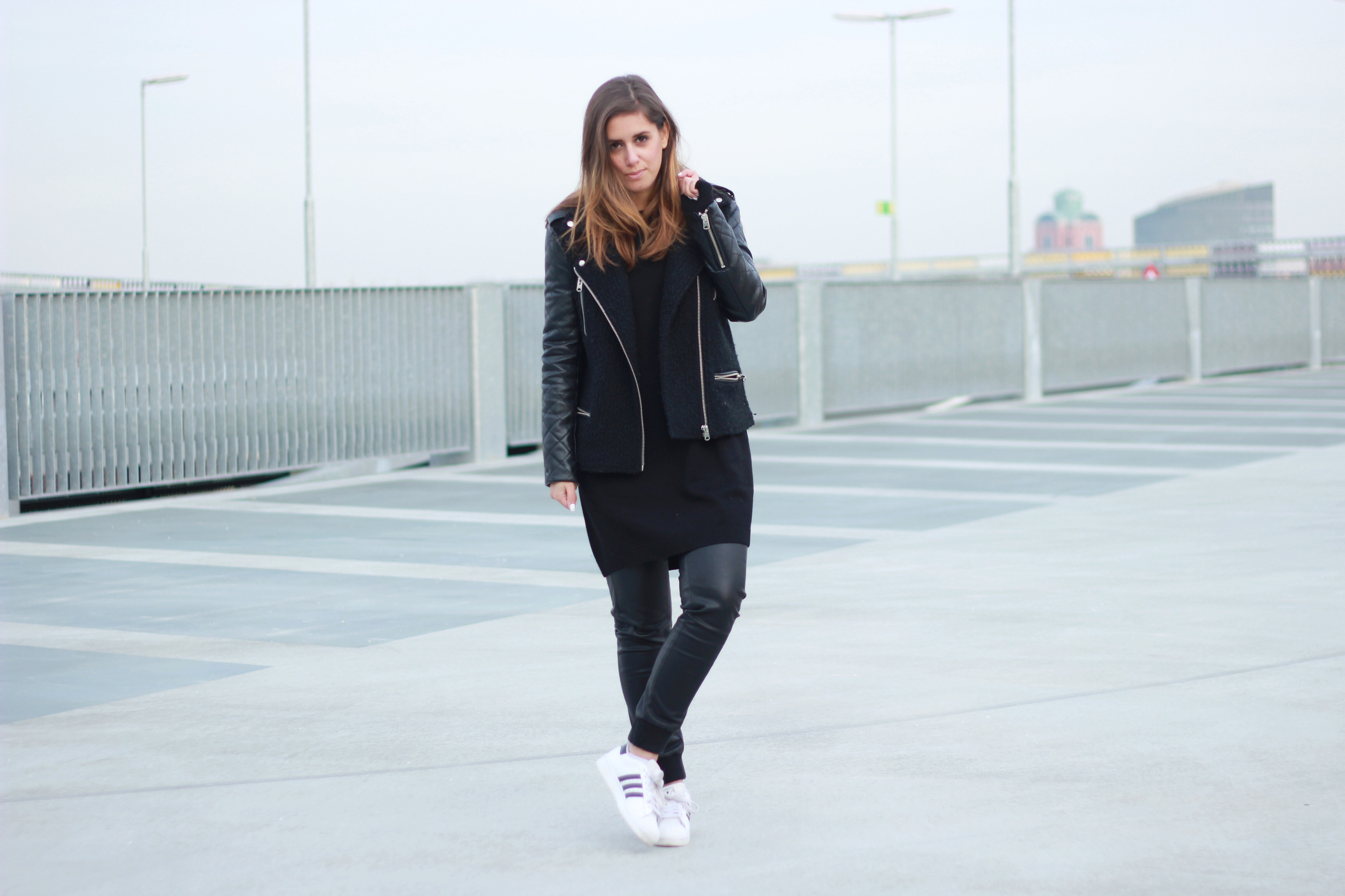 Adidas Superstar Black And White Outfit