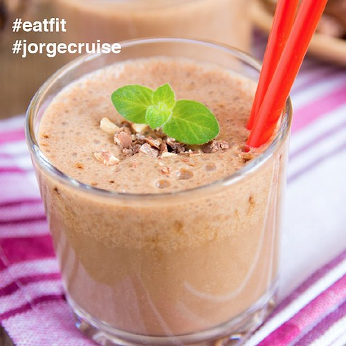 The perfect breakfast. CHOCOLATE! Get the recipe here: www.jorgecruise.com/gourmet-chocolate-shake/ #eatfit  #FitnessBeginsInTheKitchen #jorgecruise