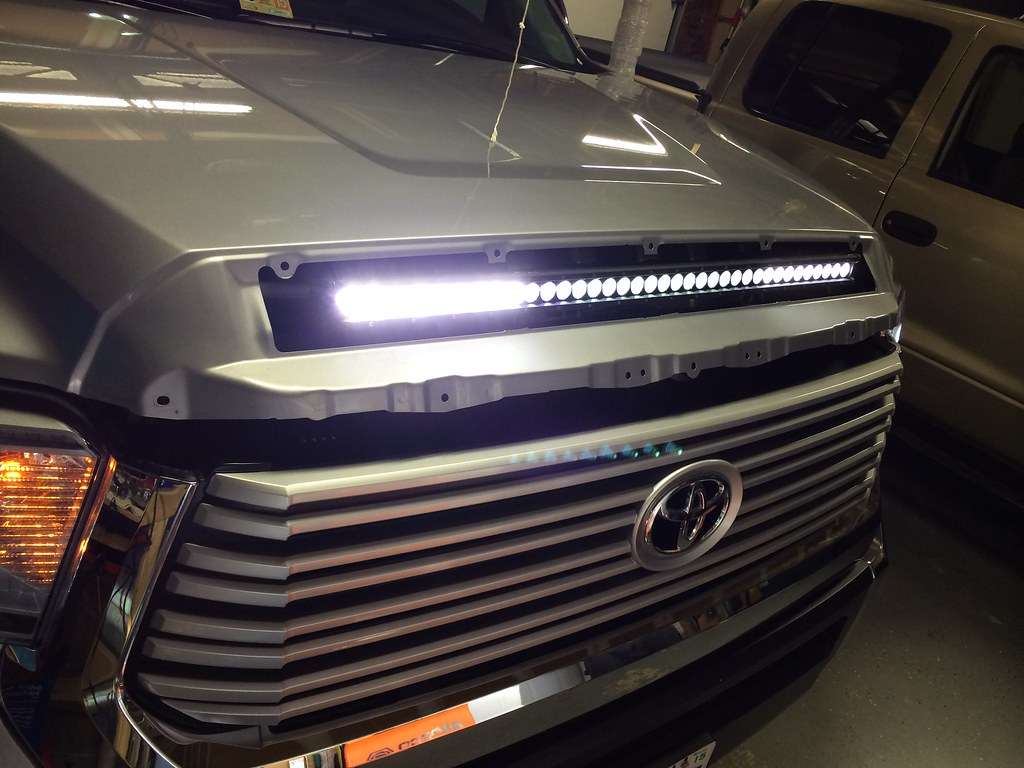 GreatAvalon\'s Hood Bulge LED Bar - TundraTalk.net - Toyota Tundra ...