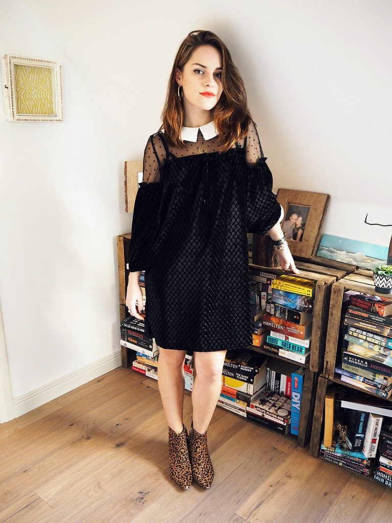 Dahlia velvet peter pan collar dress