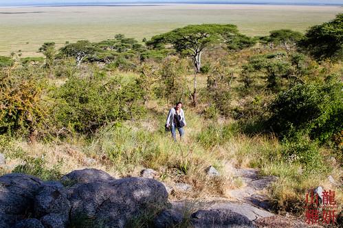 africa people landscape tanzania yvonne safari serengetinationalpark shinyanga seroneraregion tzday02 africanwildcatsexpeditions