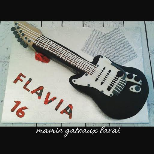 Guitar Cake by Manon Fortier