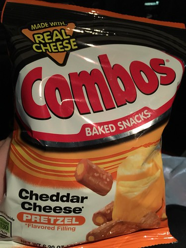 Combos - Chedder Cheese Pretzel