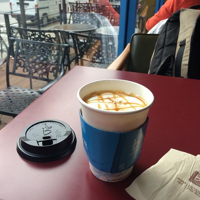 Coffee Beneのキャラメルマキアート