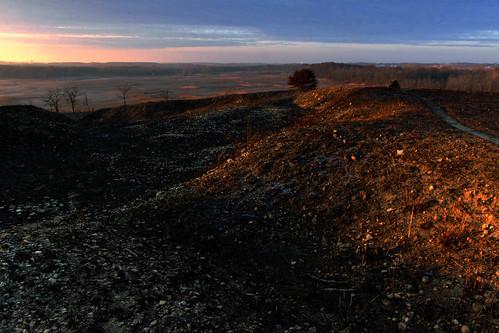 november sunrise restoration prairie controlledburn kame omot cookcountyforestpreserves illinoisnaturepreserve glaciallandform poplarcreekprairie shoefactoryroadprairie dpphdrtool