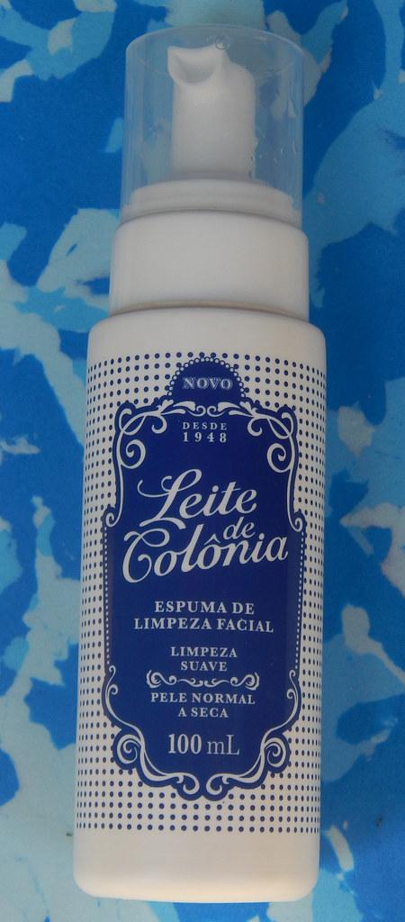 Testei: espuma de limpeza facial Leite de Colônia