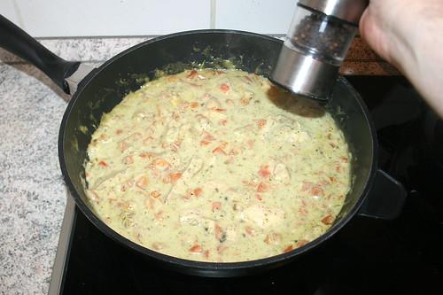 48 - Sauce mit Pfeffer & Salz abschmecken / Taste sauce with pepper & salt
