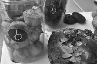 B Patisserie - Goodies at Home bw