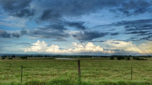 day texas tx thunderstorm weir partlycloudy