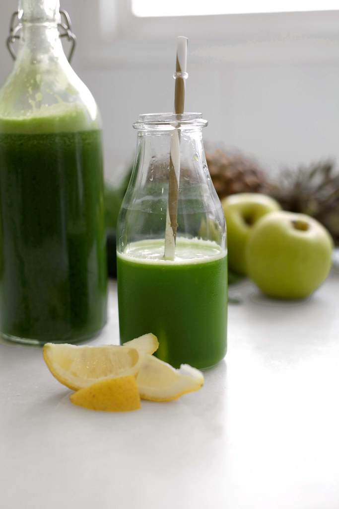 7_healthy_recipes_green_detox_juice_theguestgirl