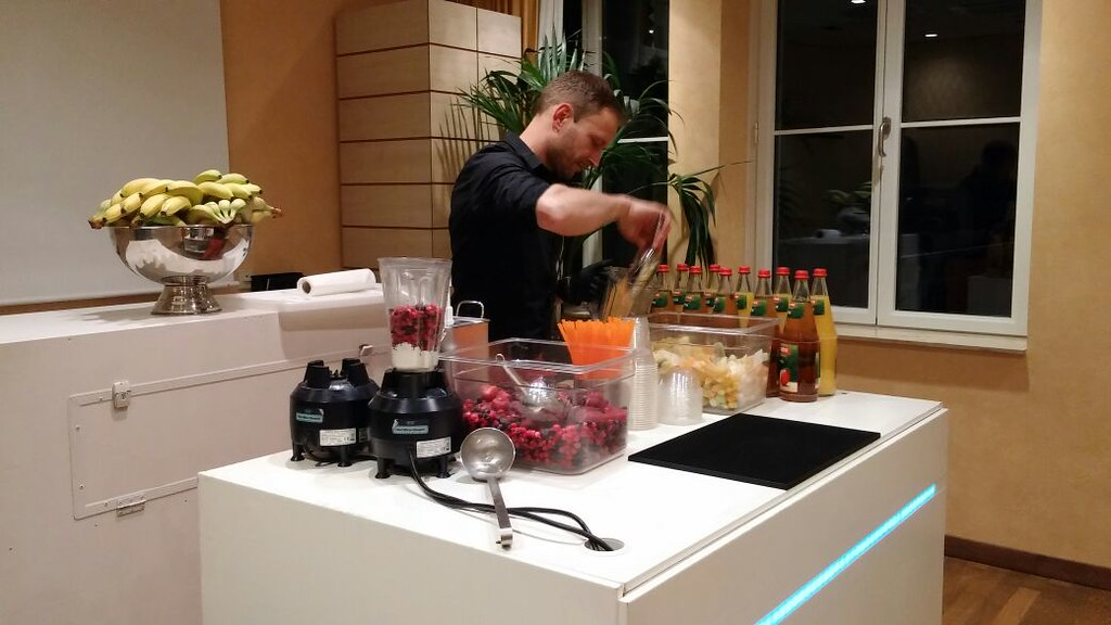 """#HummerCatering http://hummer-catering.com #Eventcatering #mobilebar #Smoothie  #Fruchtdrink #Gesundheitstag #Ernährung #Köln #Hilton  http://goo.gl/M0y61b • <a style=""""font-size:0.8em;"""" href=""""http://www.flickr.com/photos/69233503@N08/15220601384/"""" target=""""_blank"""">View on Flickr</a>"""