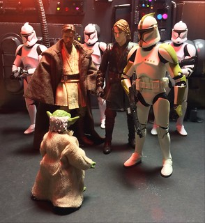 Masters Obi-wan and Skywalker meet with Master Yoda during the battle of Anvis 4.