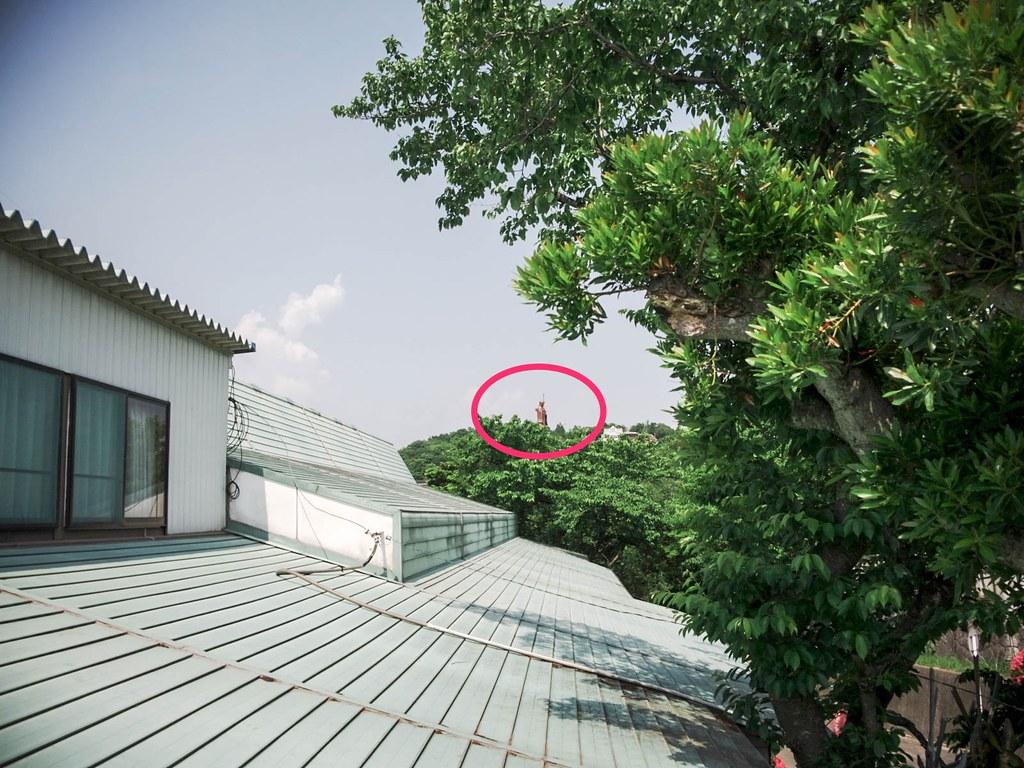 弘法大師像が見える