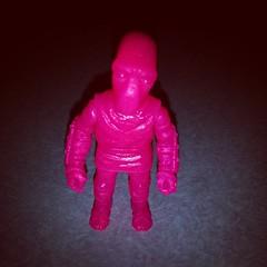 Bubblegum / Pepto pink Footman #DanielYu #TMNT #Footclan #resin #toyart #arttoys #toyhustle #toysagram #ToyFinds #ToyHunting #RagingNerdgasm ##OMFGalumni #TomKhayos #ToyGameTonyMontana