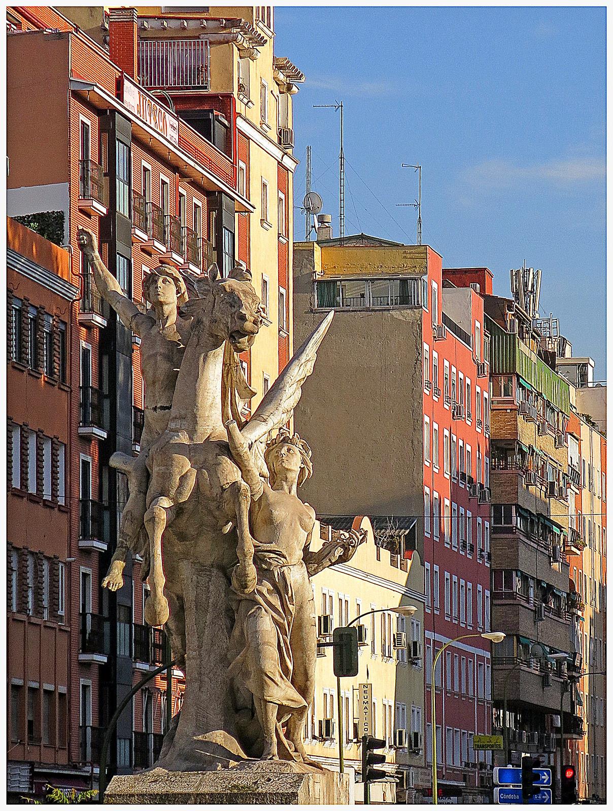 Esculturas de Madrid: el Pegaso de Legazpi