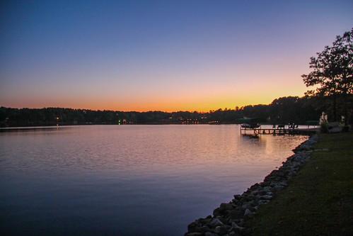 sunset lake water georgia boat dock serenity lakeoconee lakecountry