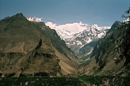 pakistan 35mm karakoram kkh filmcamera karimabad om1 olympusom1 hunzavalley karakoramhighway flickrandroidapp:filter=none ronstravelsite