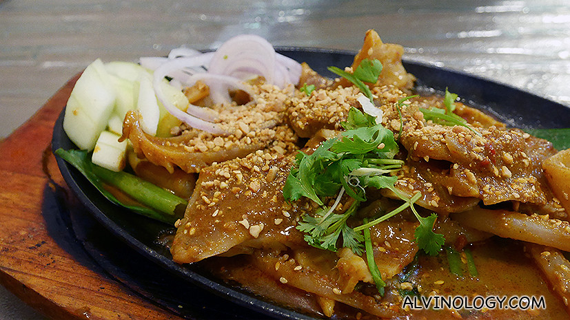 Satay Cuttlefish (S$18)