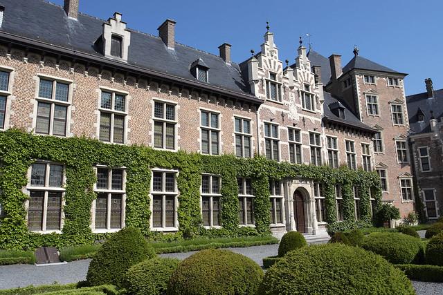 Gaasbeek, château, cour intérieure