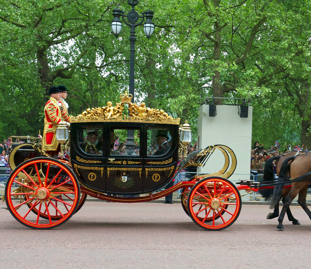 The carriage carrying the parents of Prince William of Wales and Kate Middleton from the marriage ceremony.. Credit John Pannell