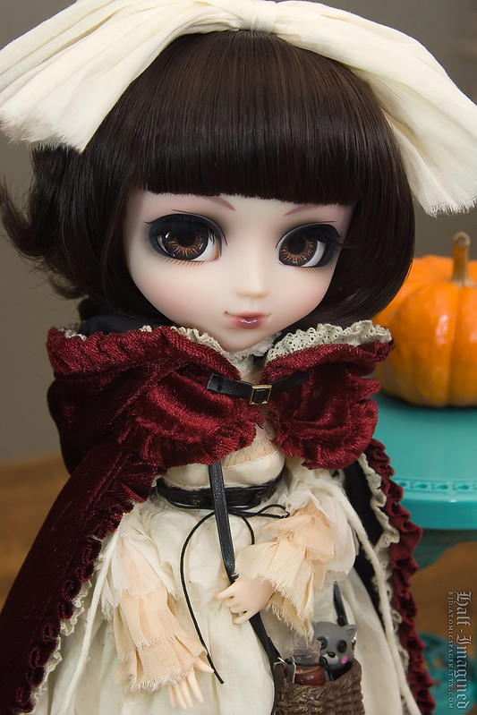 Pullip Bloody Red Hood (2 of 2)
