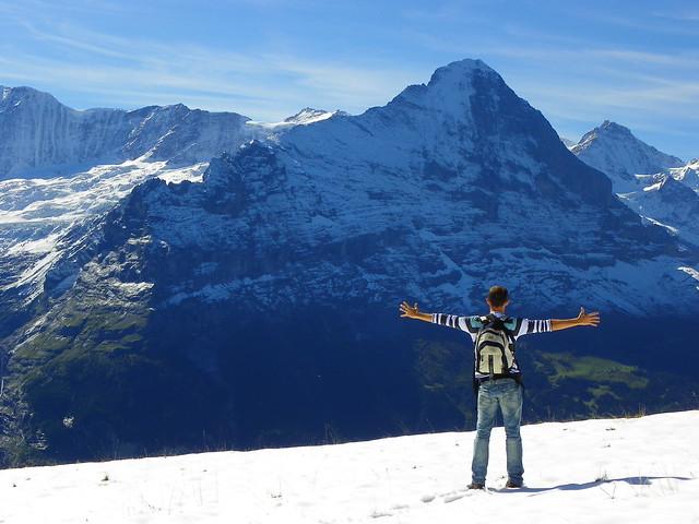 Diario de un Mentiroso frente al Eiger en Suiza