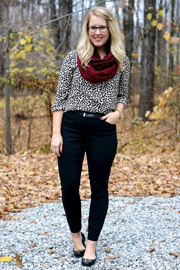 easy work look: blouse, scarf, skinny pants