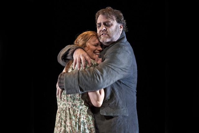 Bryn Terfel as The Dutchman and Anja Kampe as Senta in Tim Albery's production of Der fliegende Holländer © ROH.Clive Barda, 2009