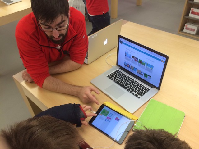 Apple Store Class Leader Explaining Programming to Jimmy