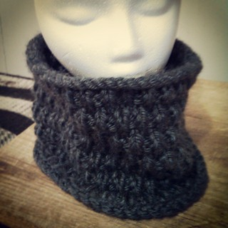A grey #snowcowl for Christmas. Great pattern, makes a cute, warm #cowl #knitstagram #knitting #getyourkniton #instaknit #GiftKnitting