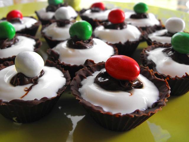 Tacinhas de chocolate com iogurte grego