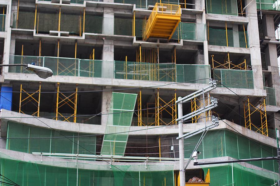 Under-construction-part-6_03