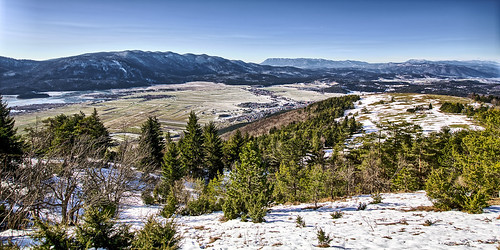 travel winter panorama mountain lake snow mountains nature landscape postcard panoramic slovenia valley panoramicview travelphotography noclouds landscapephotography panoramicphotography cerknica slivnica landscapeview grassfields ifeelslovenia postcardphotography cerkniskolake fotobyiztokkurnik