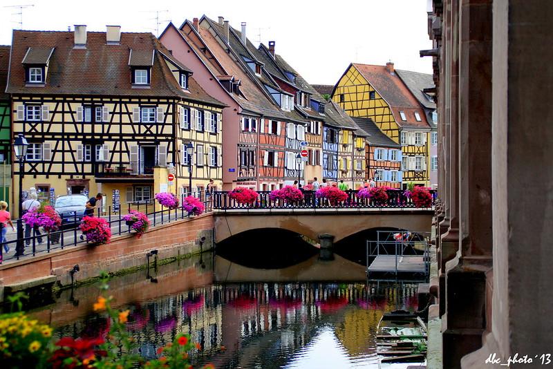 Canal colorido en Colmar
