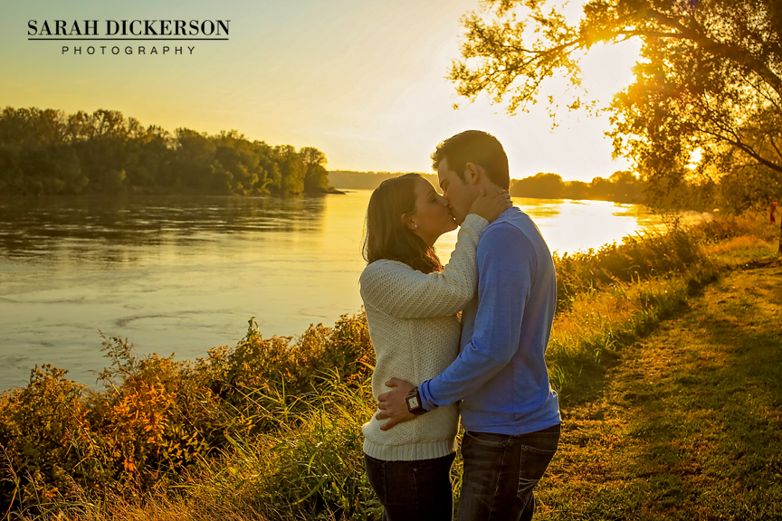 Parkville Missouri engagement session photos