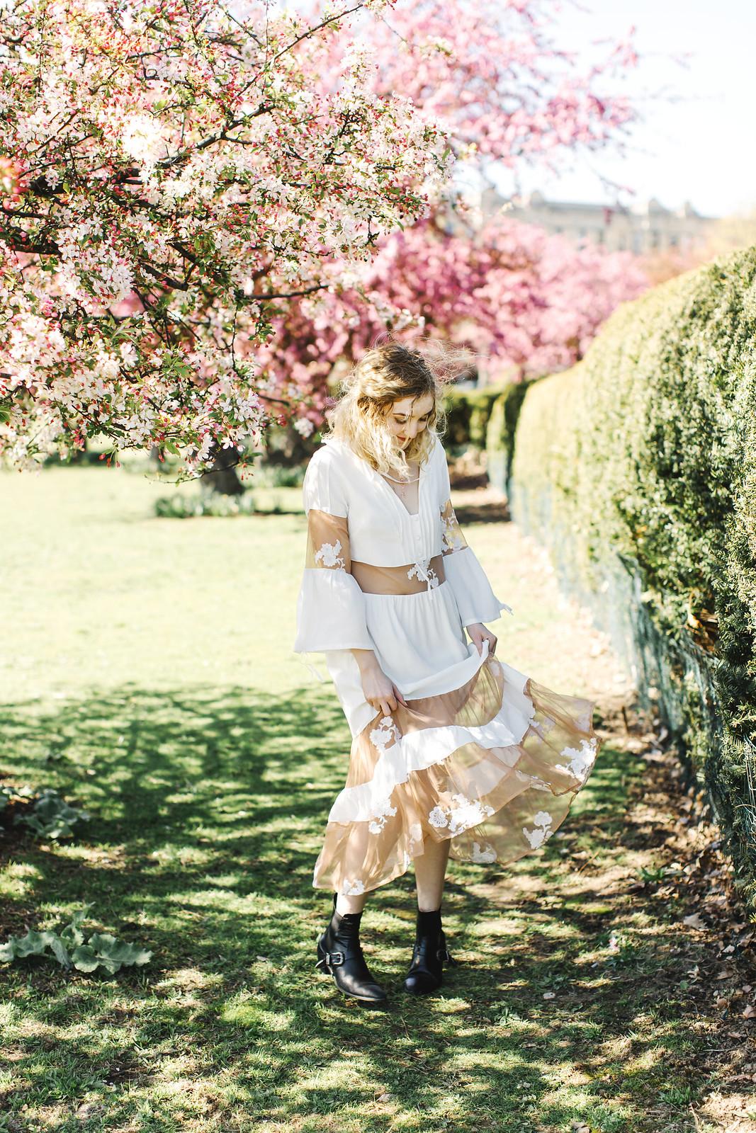 For Love and Lemons Eva Midi Dress from Free People shot by Lena Mirisola on juliettelaura.blogspot.com