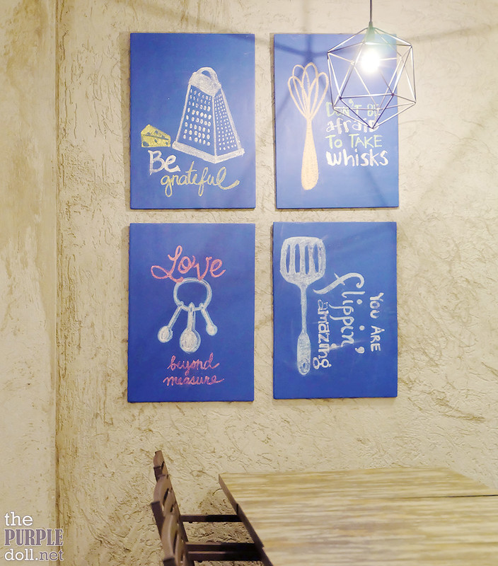 Blue Rocket Kitchen Cafe decor