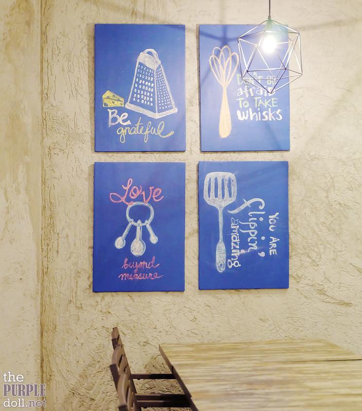 Blue Rocket Kitchen Cafe decor